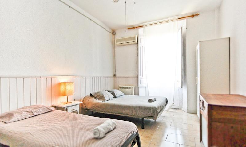 itinere-hostel-granada-twinroom-4